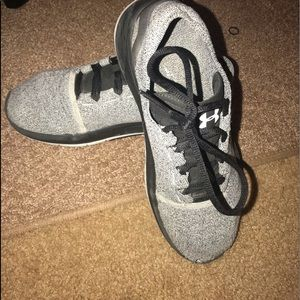 Under Armour Shoes - Under Armor Running sneakers